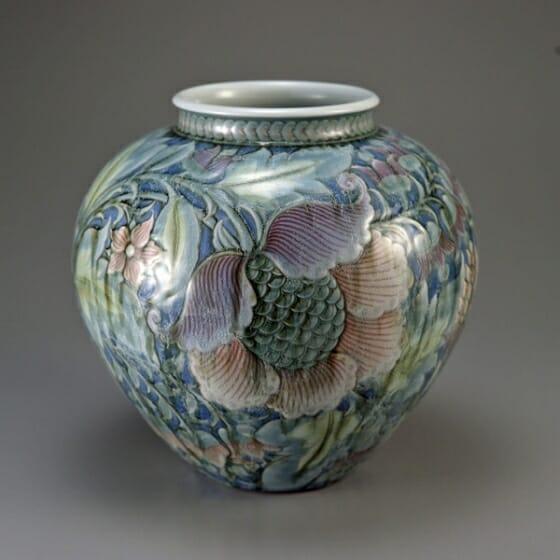 板谷波山《氷華彩磁唐花文花瓶》1929年頃 個人蔵