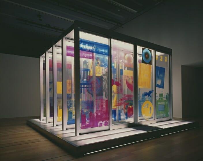 ロバート・ラウシェンバーグ《至点》1968 年 国立国際美術館蔵 © Robert Rauschenberg Foundation 提供:NTT InterCommunication Center [ICC]