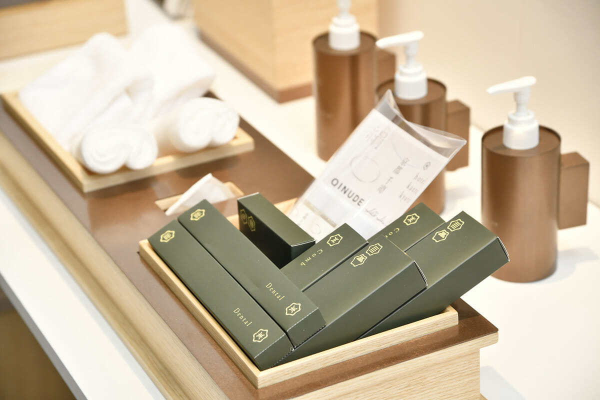 UDSが企画・設計・運営する「ホテル カンラ 京都」のオリジナルアメニティ