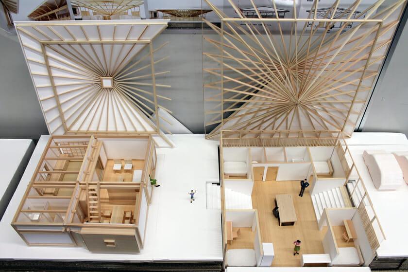 大松先生による「篠原一男の住宅を研究する」授業の一例。左が篠原一男の住宅、右が生徒が考えた隣の住宅