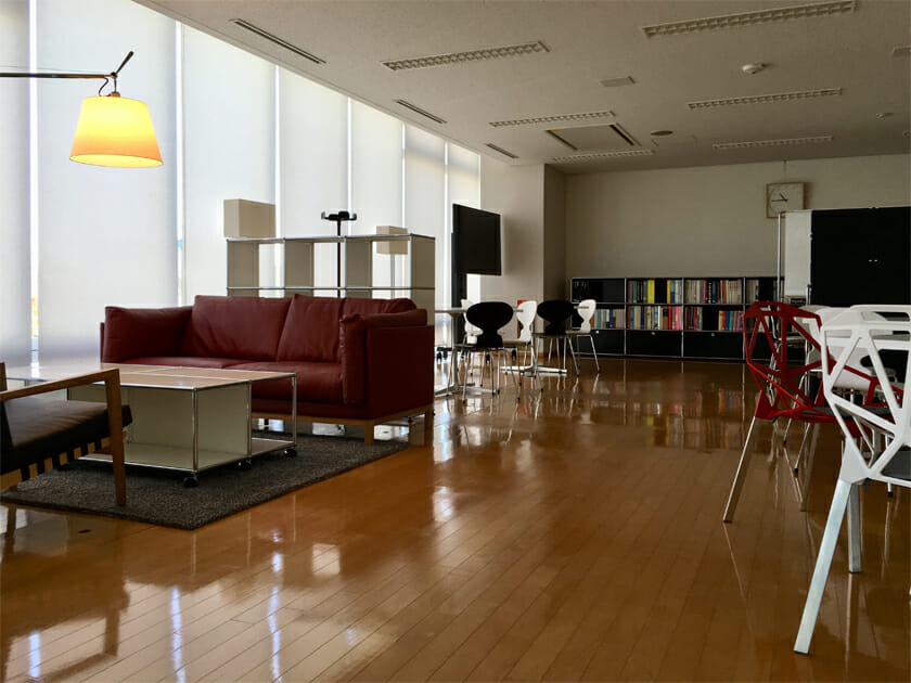 富山県総合デザインセンター Creative Salon