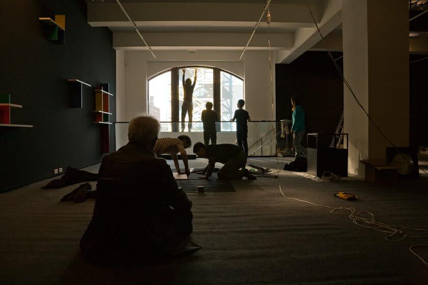 2009年、ニューヨークでの設営の様子(Photo:淺川敏)