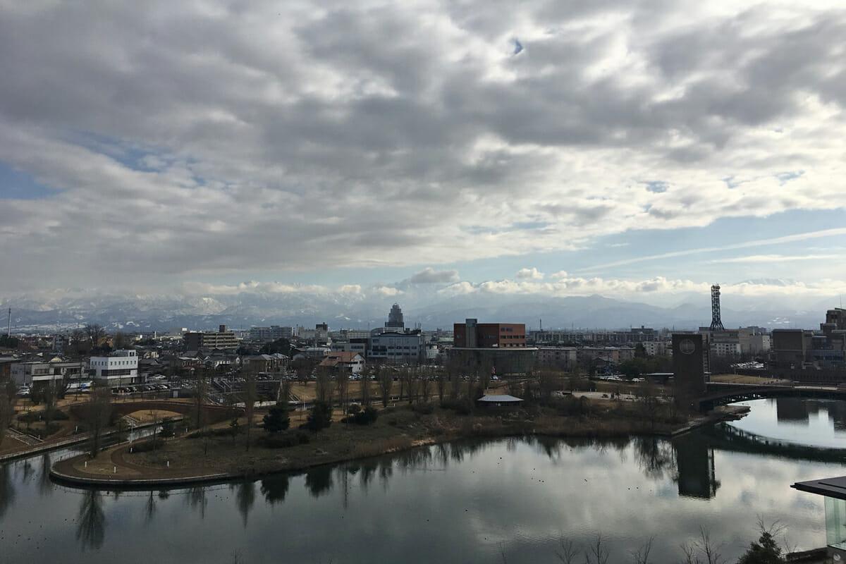 富山県美術館からの風景
