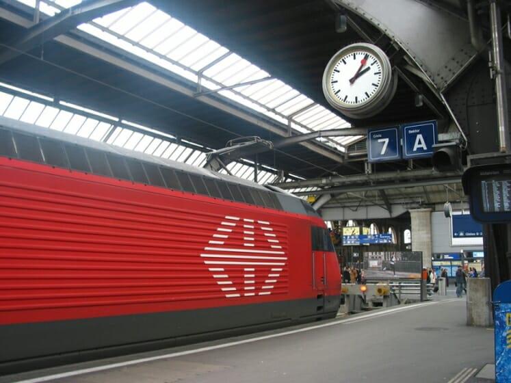 スイスの国鉄で使用されている様子