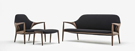 INODA+SVEJEによるカリモク家具の新コレクション「KUNST」を、ミラノサローネへの出展と合わせて市内のギャラリーで発表
