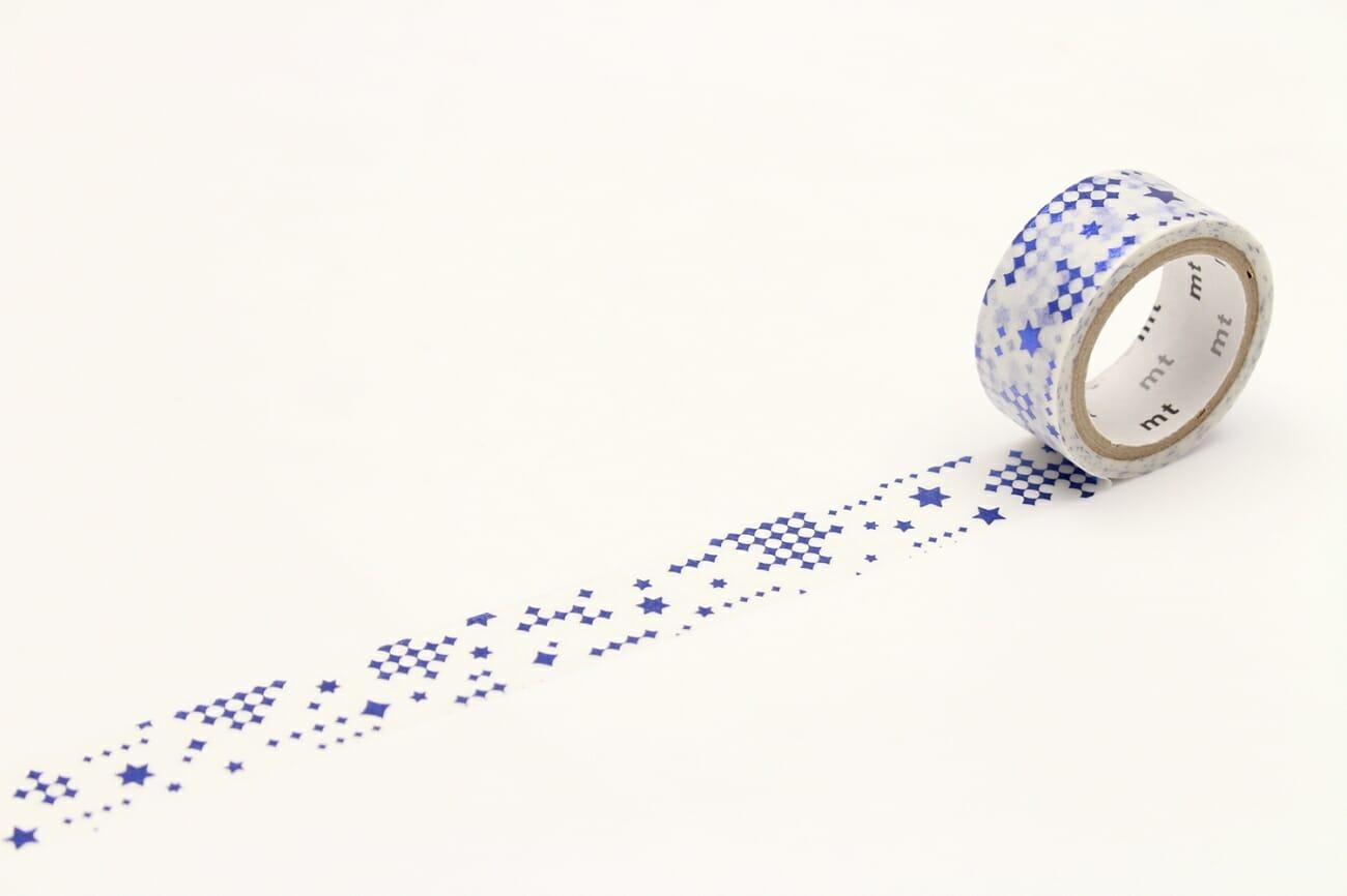 mt fab箔押しテープ「星・ブルー」。絵柄の部分に箔押し加工がされています。