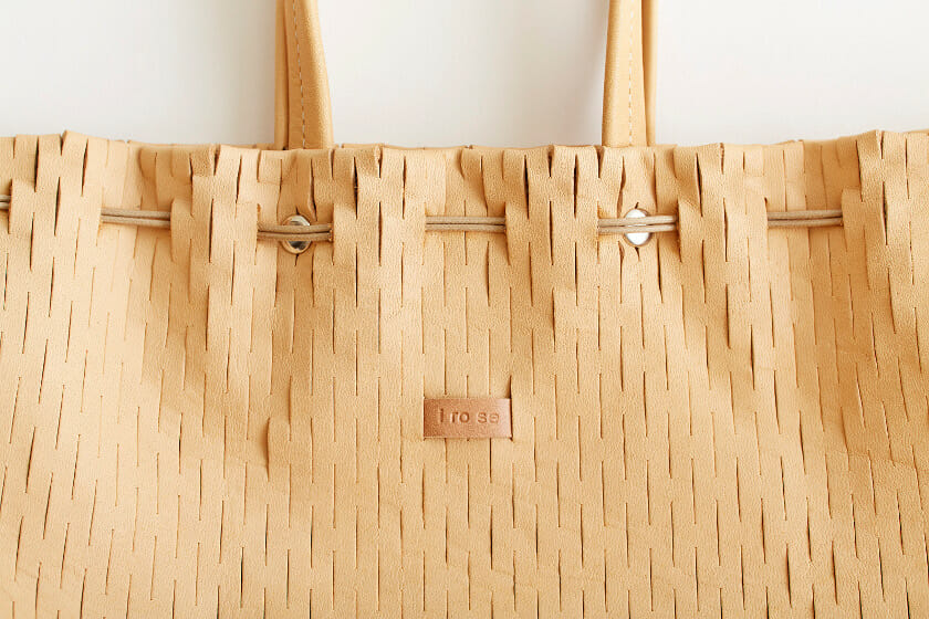 NETBUCKET BAG(NUDE)/i ro se