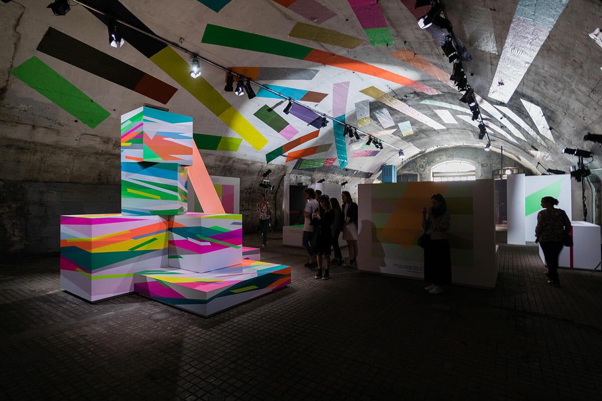 ミラノデザインウィーク2018の展示風景の画像