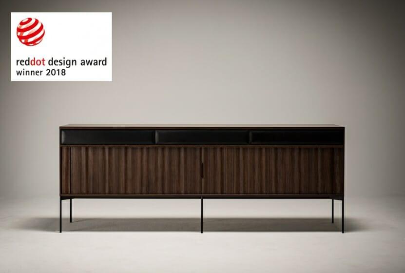 世界的なデザイン賞「レッド・ドット・デザイン賞」を受賞した、Ritzwellの新しいサイドボード「JABARA」が6月15日発売
