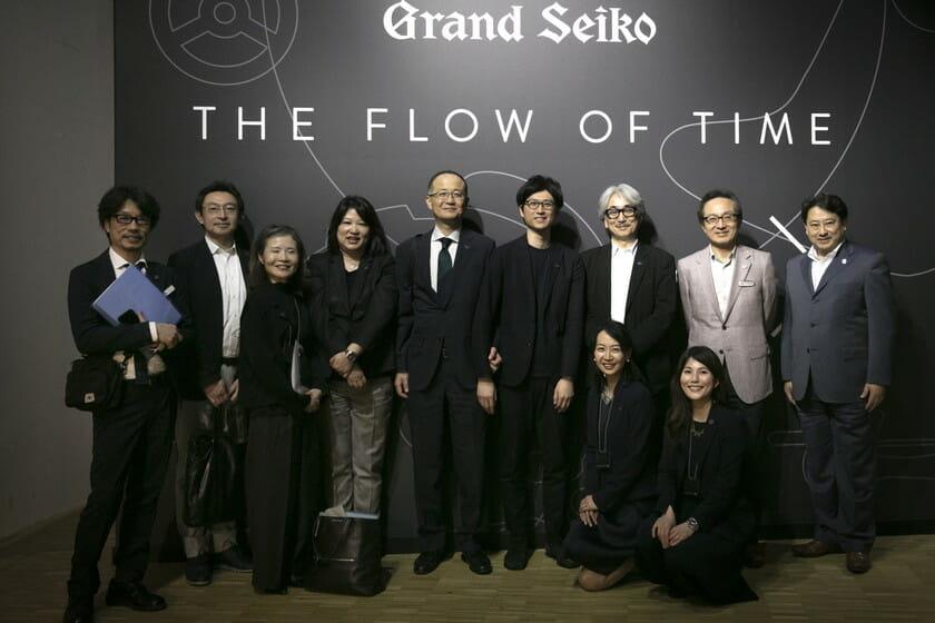 セイコーウオッチ株式会社高橋修司代表取締役社長を囲んで記念撮影