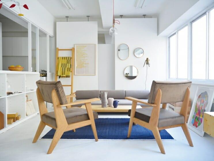 ルールがないようである。気兼ねのない親密な空間を生むランドスケーププロダクツの家具