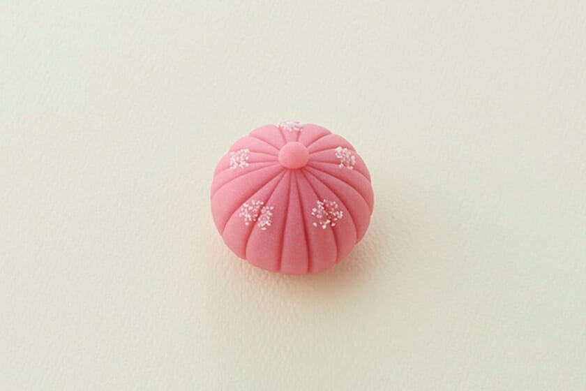とらや季節の生菓子・羊羹製「菊の露」