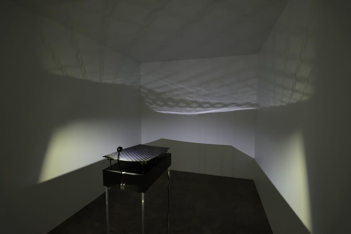 「9+1」:漆の反射を活かした作品『CRAFTSCAPE』 展示の様子