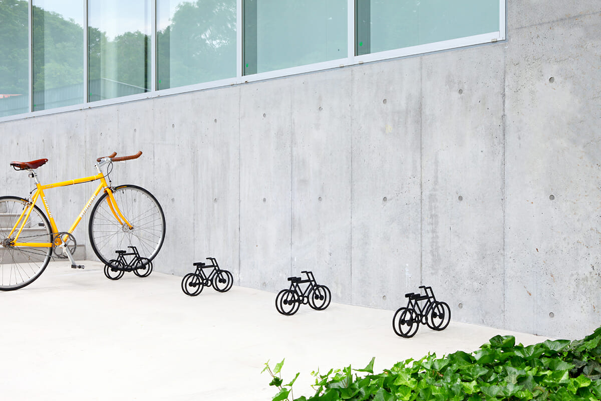 On Bicycle Stand|自転車の自転車スタンド