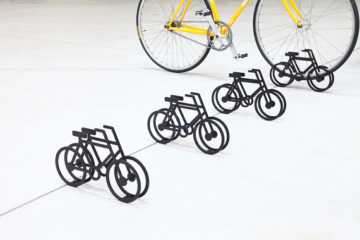 On Bicycle Stand|自転車の自転車スタンド (2)
