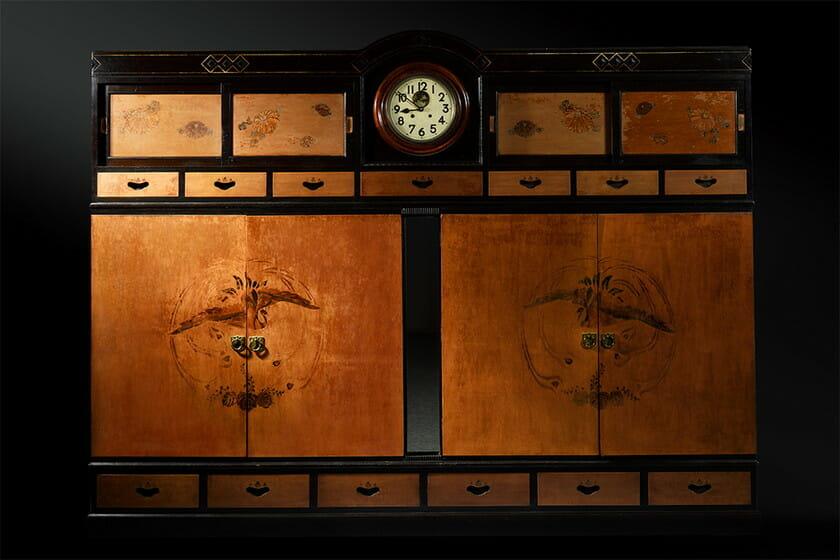 時計鏡付き箪笥/東京