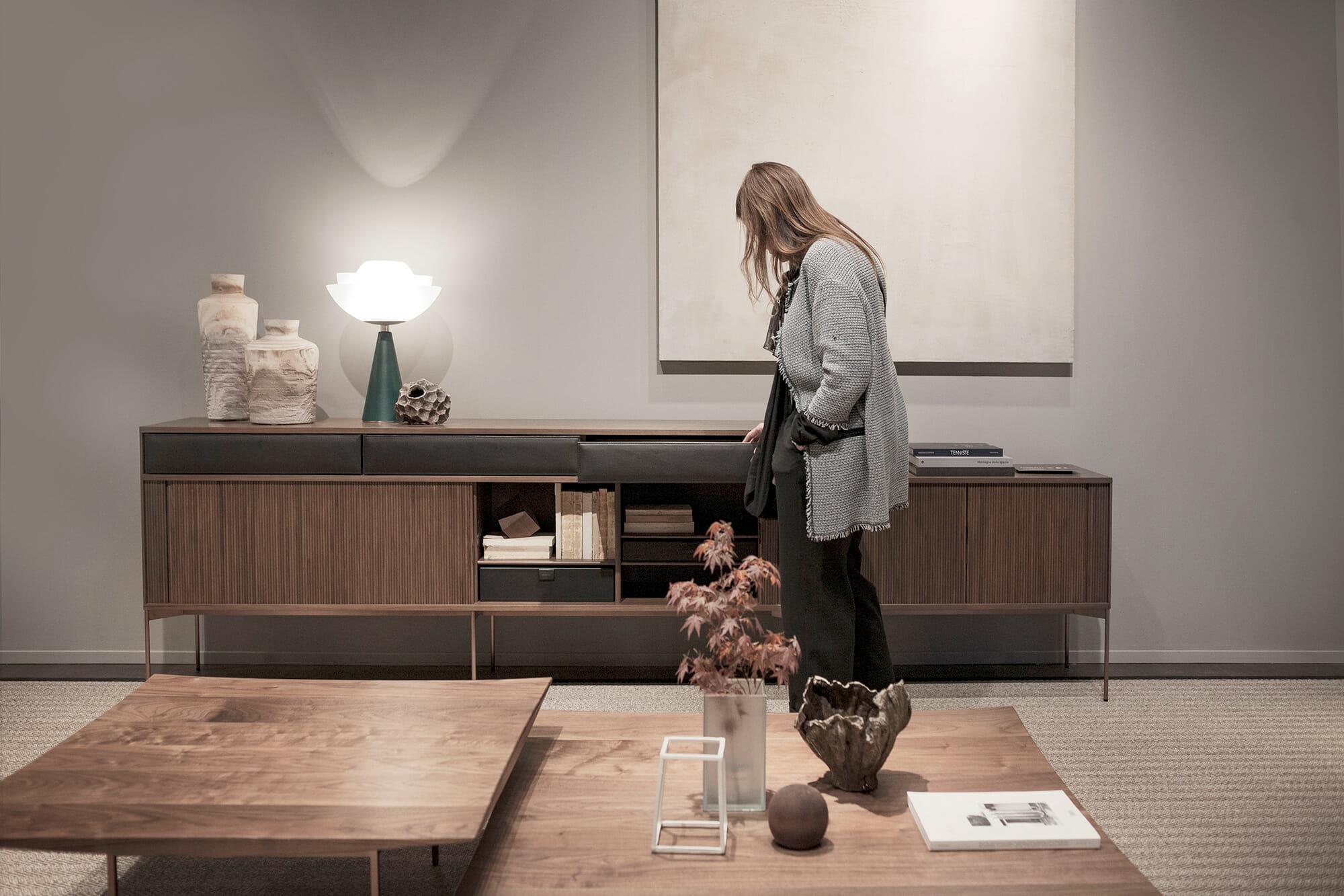 Ritzwell(リッツウェル )、欧州の高級家具ブランドが並ぶホール5にて、Photo: Alberto Strada