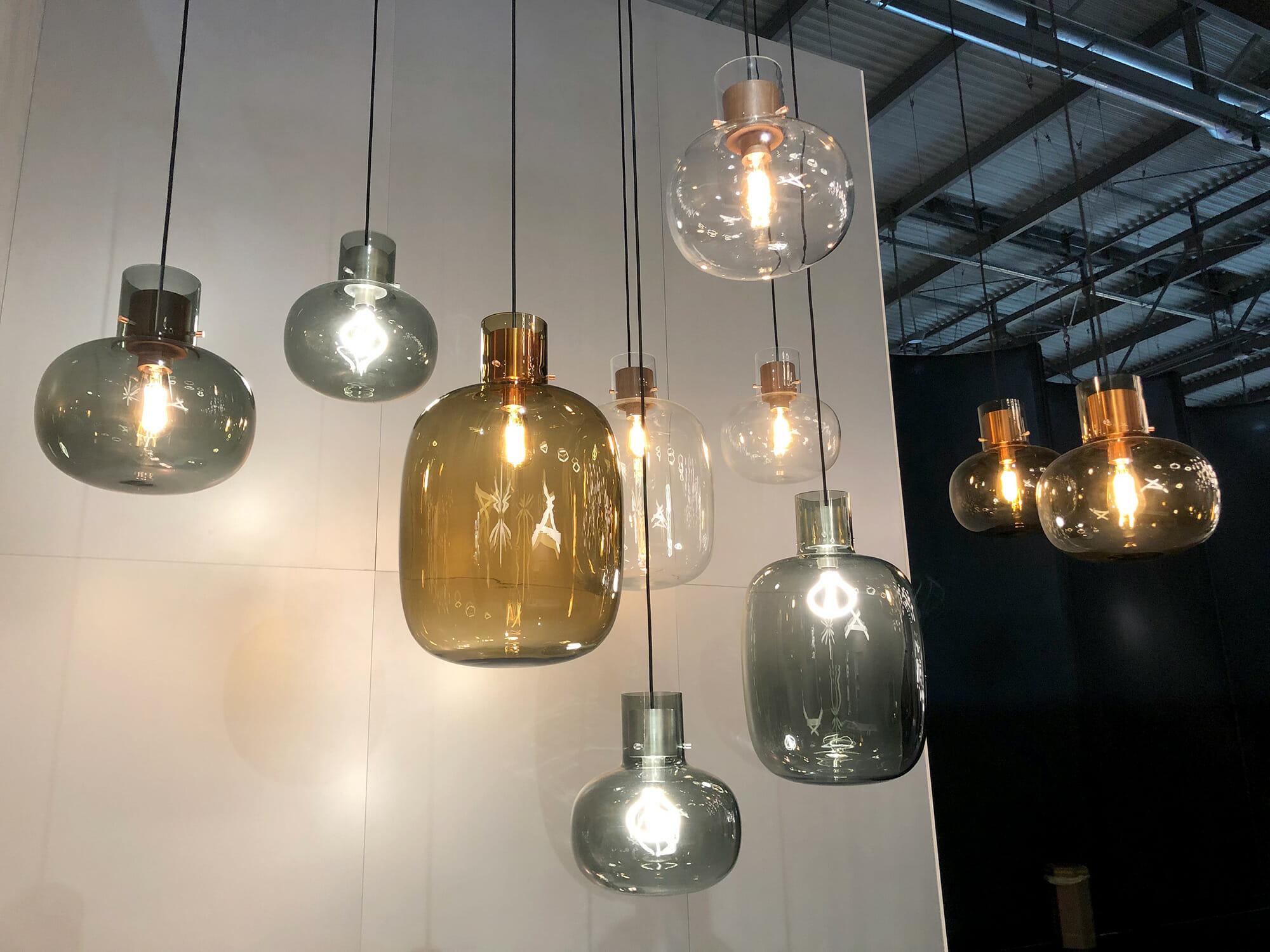柴田文江さんはBROKISから新作の照明を発表した