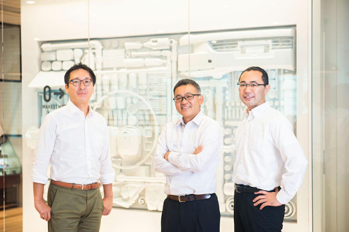 三井化学「MOLp®」のメンバーが語る、デザイナーとの協働がもたらした素材メーカーとしての変化 インタビュー対象3人の姿