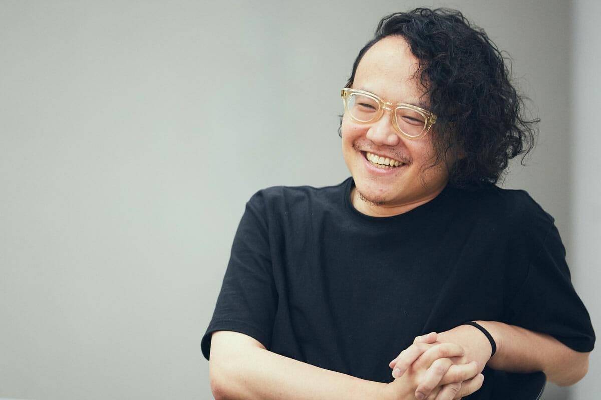 <strong>関口裕</strong><br /> クリエイティブディレクター/デザイナー<br /> 1983年生まれ。2017年日本デザインセンター入社。静岡文化芸術大学でプロダクトデザインを修め、エディトリアル・情報デザインを扱うデザイン会社コンセントに就職。雑誌を中心に紙媒体に携わった後、コーポレートやブランドサイトを軸としたアートディレクションに従事。近年はクリエイティブディレクターとしてプロジェクトそのもののデザインを行う。