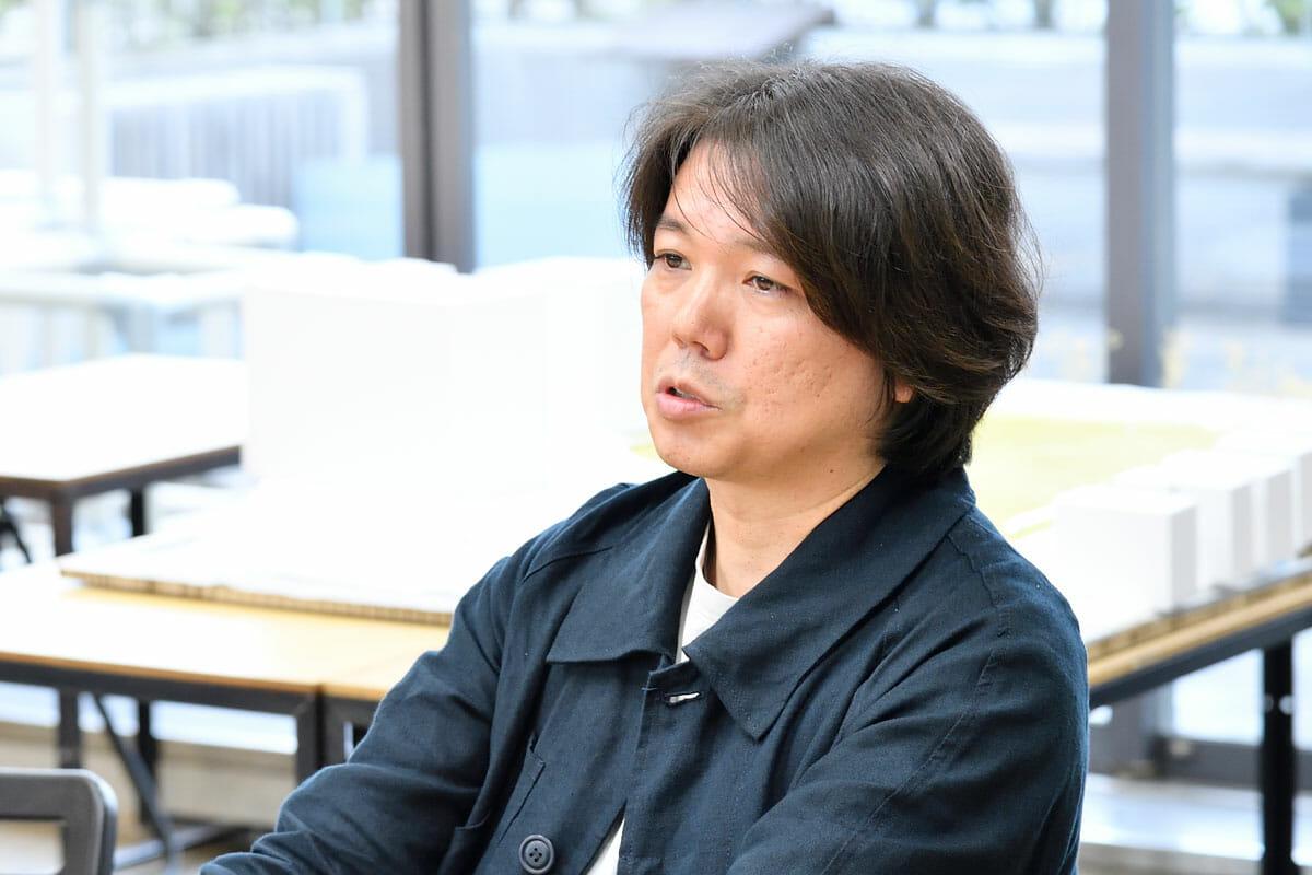 田辺雄之<br /> 1975年神奈川県生まれ。2000〜2006年bews勤務。2006〜2007年文化庁新進芸術家海外研修としてFOAに在籍。2007〜2008年FOA勤務。2008年田辺雄之建築設計事務所設立。グッドデザイン賞や住宅建築賞など受賞多数。