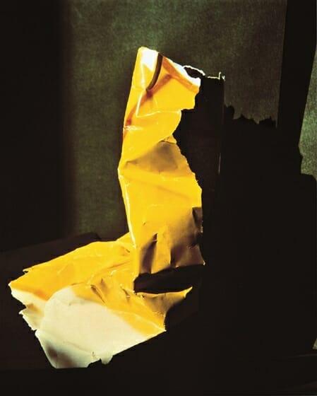 《What I Am Doing No. 9》 1980/プリント1986 銀色素漂白方式印画 大阪中之島美術館蔵