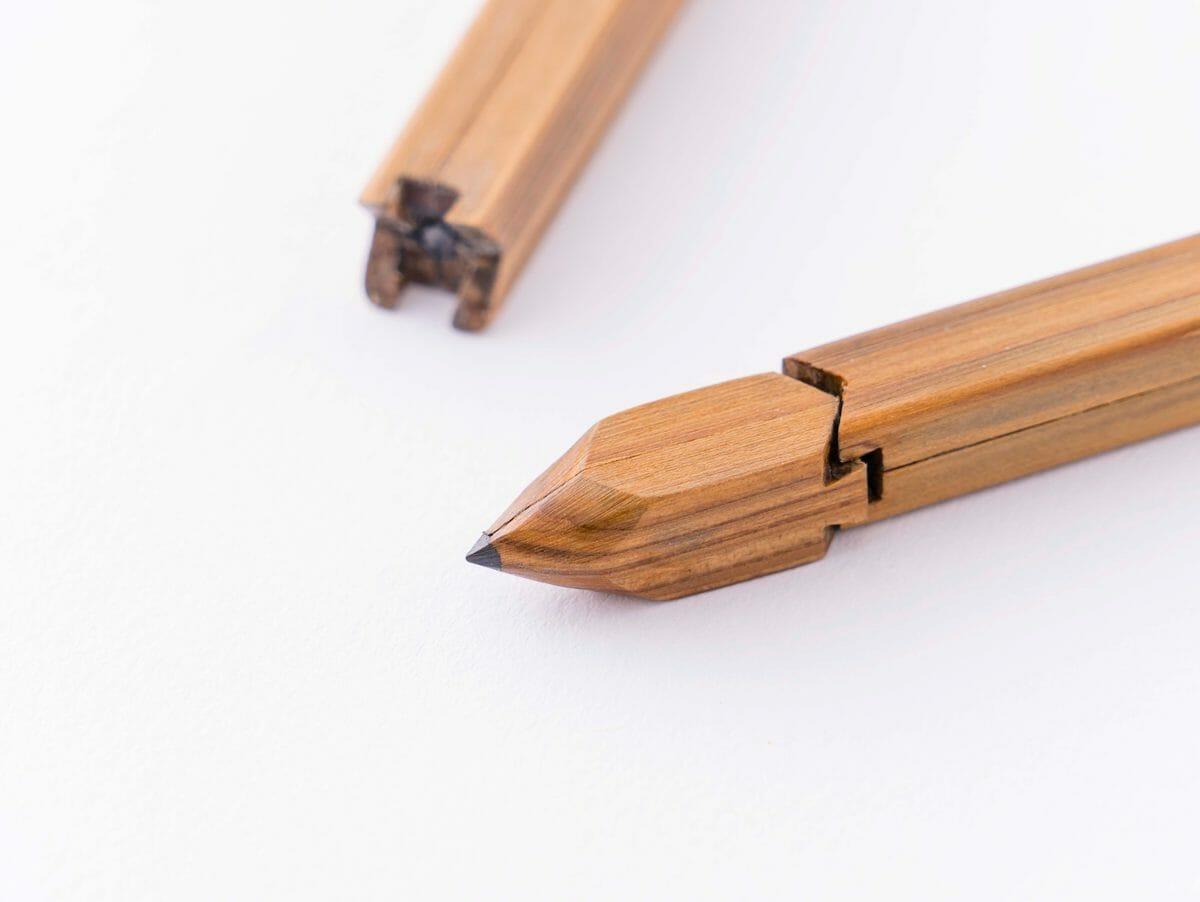 デザインコンペのファイナリストに選ばれた比護拓郎さんの「継木鉛筆」