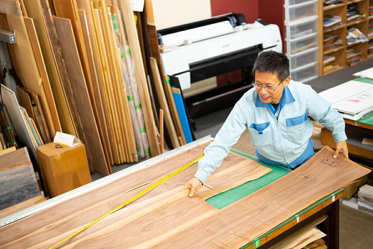 木目柄のデザインのレイアウトは、用途やシーンをイメージして検討される。