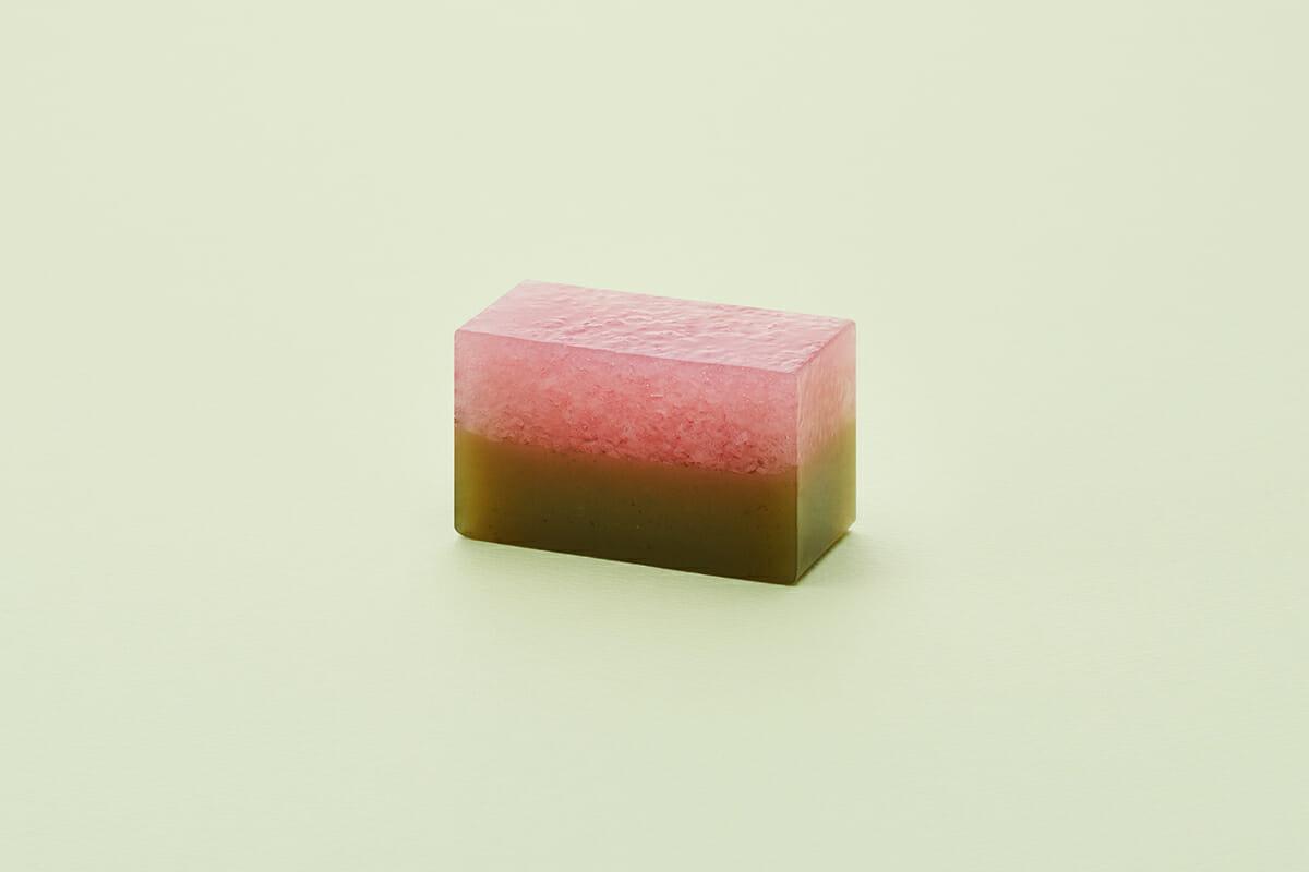 季節の羊羹「桜の里」切り身