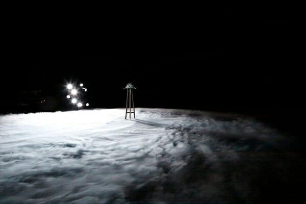劇場作品『らせんの練習』 2019年、ロームシアター京都 <br />撮影:来田猛 <br />Courtesy of Kyoto Experiment