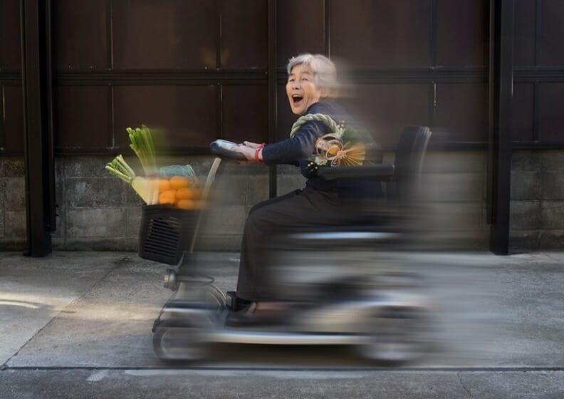 '熊本 の 自撮 りおばあちゃん 'こと 西本喜美子