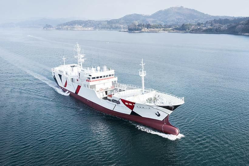 nendoがマグロ漁船の内外装をデザイン。「陸上の安心感」でストレスを軽減