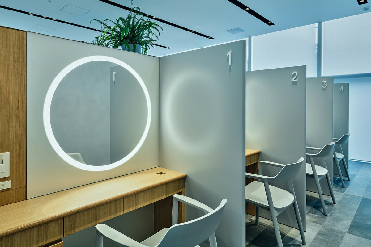 SKIN CARE LOUNGE BY ORBIS 2階/半個室パウダールーム